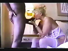 My white blonde mature mom blows her bull