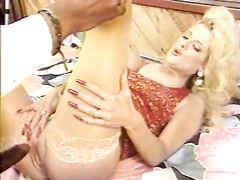 Gorgeous blonde hotwife interracial retro cheating